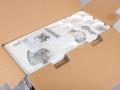 Eta Gratussino - rozevřená krabice
